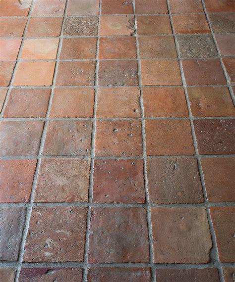 Pvc Boden Terracotta by Terracotta Bodenfliesen Floors In 2019 Fliesen K 252 Che