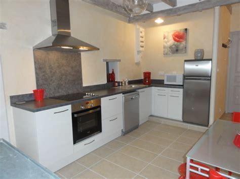 cuisine avec lave linge cuisine équipée avec lave vaisselle table de cuisine
