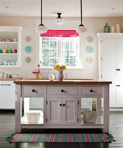 a happy kitchen poppytalk
