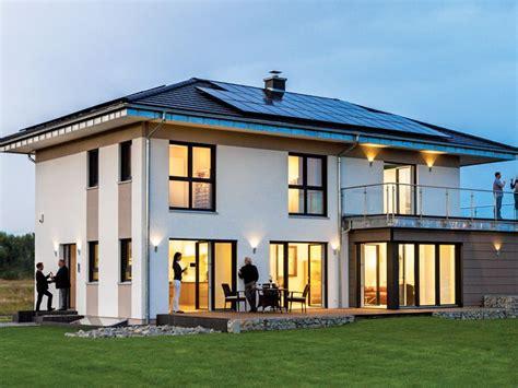 Moderne Häuser Walmdach by Musterhaus In Werder Havel Bild 6931 Fassaden Eing 228 Nge