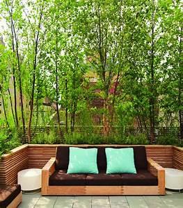 Sichtschutz Mit Pflanzen : dachterrasse mit gr nen pflanzen als sichtschutz ~ Michelbontemps.com Haus und Dekorationen