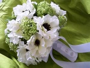 Silk Bouquet Of Cream/white Anemones And Lime Green ...