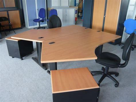 bureau d occasion occasion mobiliers de bureau bureau angle déporté d 39 occasion