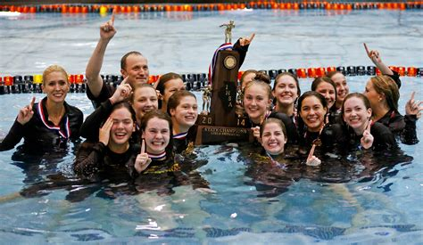 loyola academy swimmers win state crown