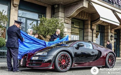 This is in every sense of the word a beauty. Bugatti Veyron 16.4 Grand Sport Vitesse La Finale - 18 March 2020 - Autogespot