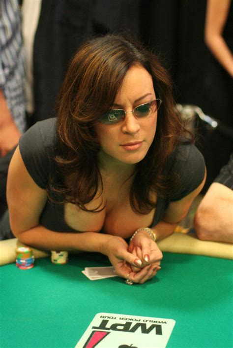 10 Celebrities Who Are Better Poker Players Than You