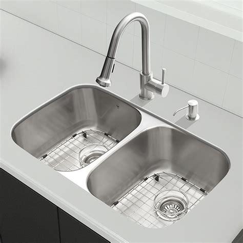 9 inch kitchen sinks vigo industries vgr3218blk1 32 inch all in one undermount 7386