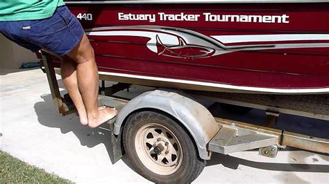 Boat Trailer Youtube by Landcruiser Springs And Shocks On Boat Trailer Youtube