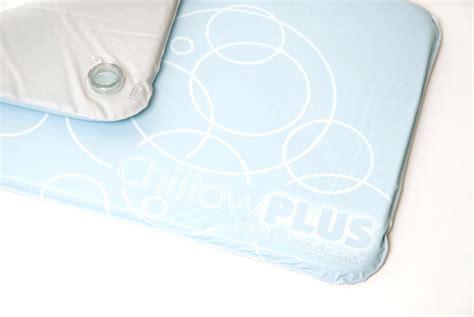 sleep chillow technology better gadgets pillow utilize temperature control pcworld bedside