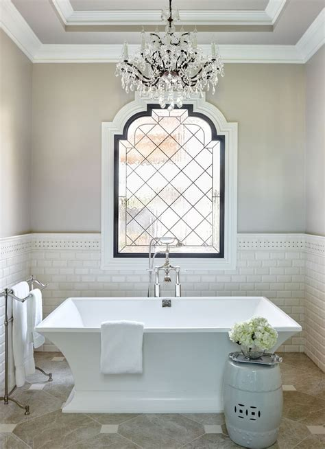 luxury bathroom  chandelier  tub bathroom