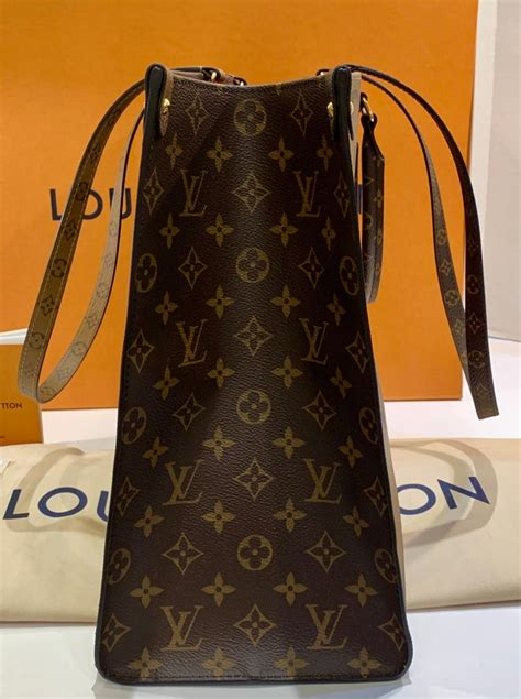 sold  louis vuitton onthego monogram giant canvas tote bag summer   stdibs