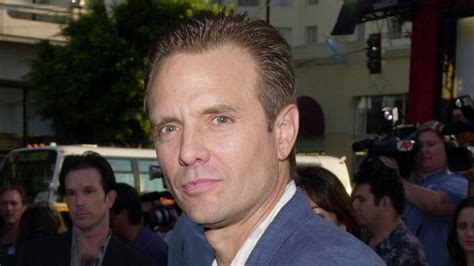 The Mandalorian: Michael Biehn To Play A Bounty Hunter ...