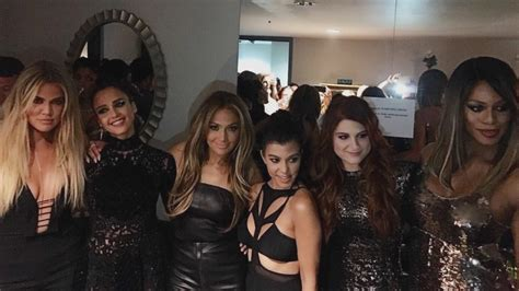 Khloe Kardashian Posts Star-Packed Pic of Jennifer Lopez's ...
