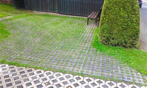 pkw stellplatz anlegen pkw stellplatz neu anlegen mit dem kunststoff rasengitterstein rgs35 securatek