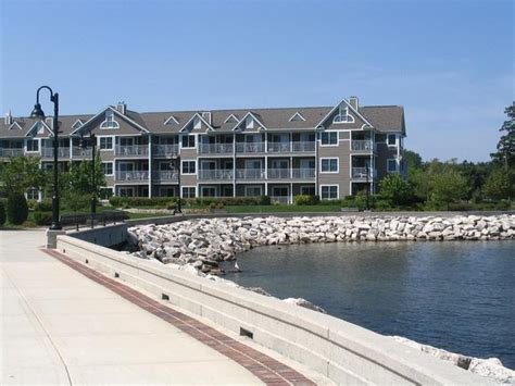door county wi resorts bridgeport waterfront resort sturgeon bay wi resort