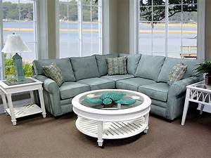 Comfortable small sectional sofa for simple family room for Cheap comfortable sectional sofa