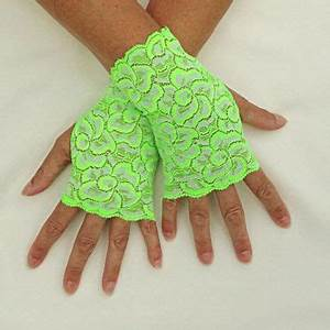 Best Green Lace Gloves Products on Wanelo