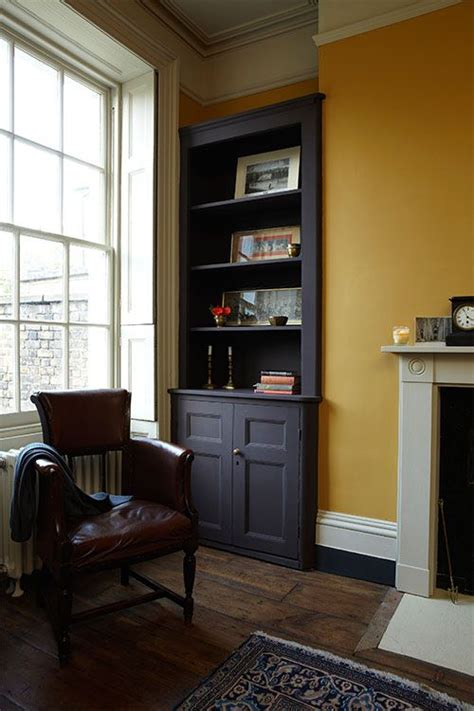 Paint Design For Living Rooms by Best 25 Yellow Hallway Ideas On Pinterest Yellow