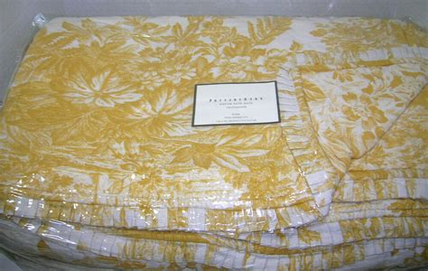 Pottery Barn Sunflower Yellow Matine Toile King Quilt