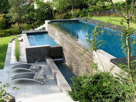 Poollandschaft Für Zuhause by Gartengestaltung Hanglage Mit Pool Letsgototour Club