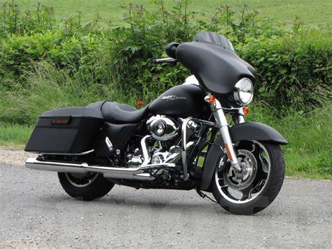 Gambar Motor Harley Davidson Cvo Glide by Melihat Pesona Motor Harley Davidson Glide