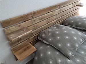 Tete De Lit Avec Tablette : tete de lit avec palette en bois 1 lit cadre et t234tes ~ Teatrodelosmanantiales.com Idées de Décoration