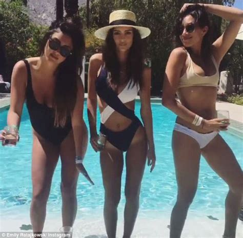 Emily Ratajkowski shows off her quirky dance moves in ...