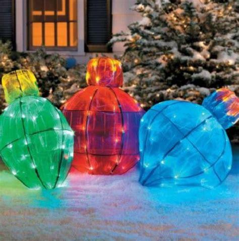 outdoor lighted light bulb yard