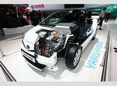 Galerie Toyota Yaris Hybrid Motor Bilder und Fotos