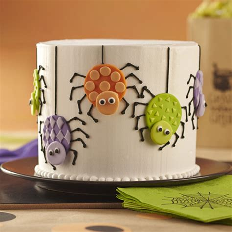 halloween cake spider fondant round wilton cakes cupcakes spiders colorful easy cute cut decorating double party cookies outs using decorate