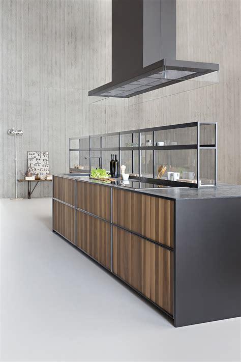mensole in cucina sistema di mensole e vani a giorno in alluminio per cucina