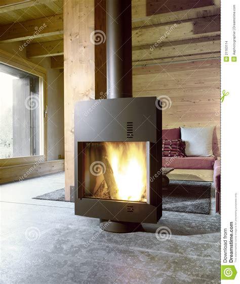 ofen für wohnzimmer moderner ofen im wohnzimmer stockfoto bild fu 223 boden luxuri 246 s 21163114