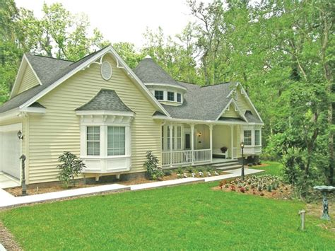 house plans with covered porches 3 bedroom cottage home with covered porch cottage house