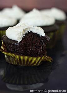 The Best Oreo Cupcake Recipe - No. 2 Pencil