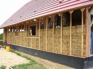 2 maison en paille neuve ou en renovation elle est With maison bois et paille 4 poteaux poutres et paille
