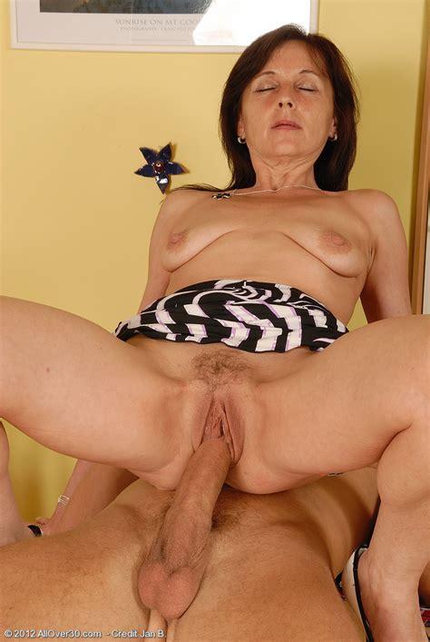 Half Naked Jenny H Pounded By Jans Man Meat Milf Fox