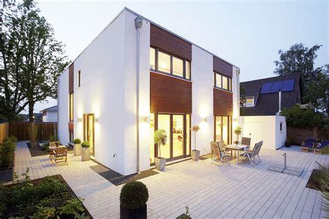 Fertighaeuser Im Bauhaus Stil by Fertighaus Flachdach Modell Trevi Ein Fertighaus