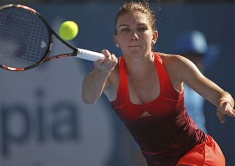 Simona Halep Height Weight Measurements