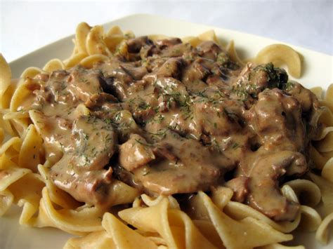 beef stroganoff slow cookers beef stroganoff tailgate grilling