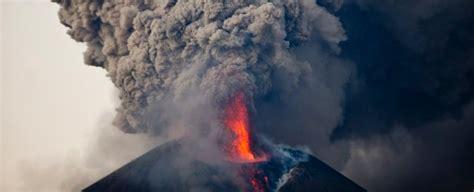 nicaraguas momotombo volcano   erupted