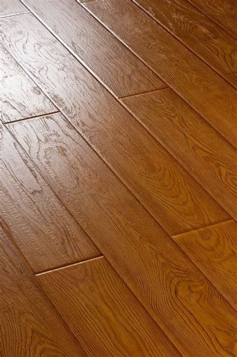 Real Wood Floor by China Best Service Real Wood Surface Parquet Wood Flooring