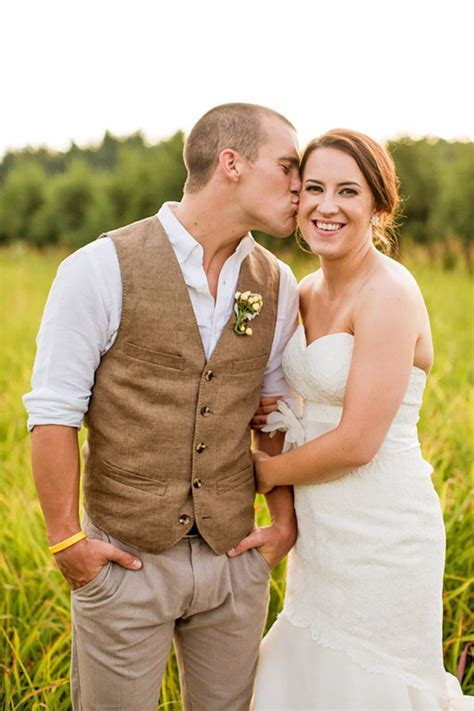 30 Rustic Groom Attire For Country Weddings Rustic Groom