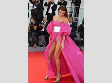 Jawdropping wardrobe malfunction at the Venice Film Fest