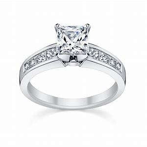 Exquisite looking princess cut diamond rings wedding for Princess cut engagement rings with wedding band