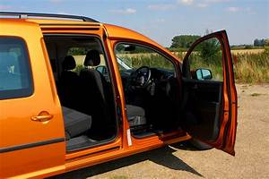 Caddy Maxi Life : volkswagen caddy maxi life estate 2015 driving ~ Kayakingforconservation.com Haus und Dekorationen