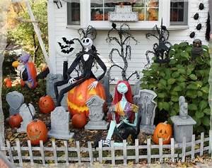 Halloween Yard Display Ideas