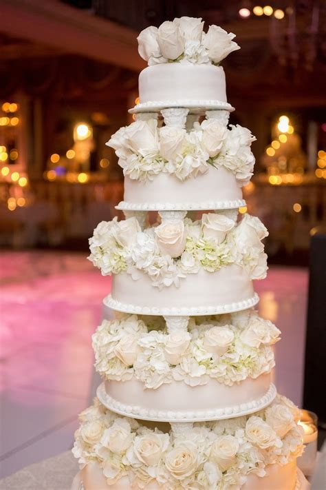 glamorous  york wedding   pierre hotel modwedding