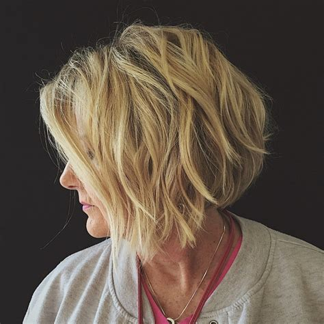 Hair ideas for 2021 long, short, blond, brunette, wavy, or straight — we have the latest on how to get the haircut, hair color, and hairstyle you want! 25 Stylish Hairstyle for Older Women 2021 - Haircuts ...