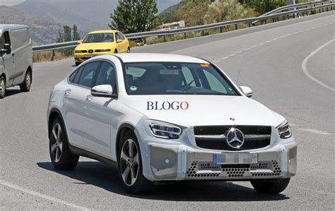 mercedes glc coupe restyling foto spia