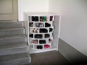 Garderobe Mit Schuhregal : schuhregal selber bauen ein drehbares modell mit anleitung ~ Sanjose-hotels-ca.com Haus und Dekorationen
